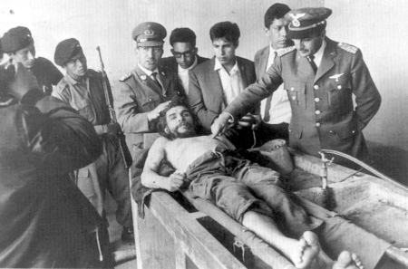 Che Guevara corpse